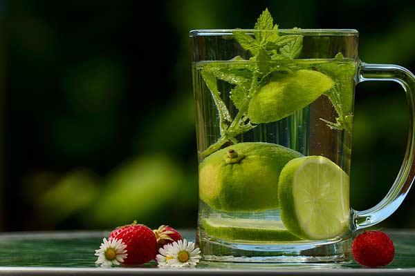 Detox au citron : des bienfaits que l'on n'imagine pas !